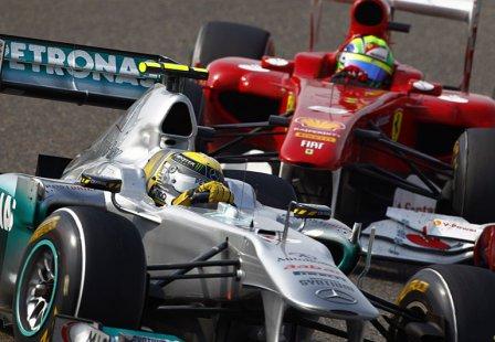 Нико Росберг и Фелипе Масса в гонке на Гран При Китая 2011