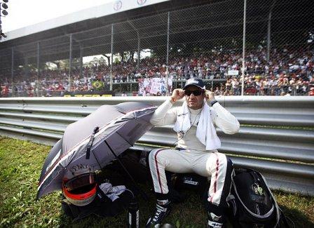 Рубенс Баррикелло на Гран При Италии 2011