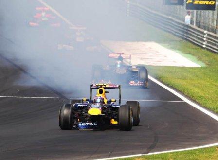 Марк Уэббер после столкновения с Фелипе Массой на Гран При Италии 2011
