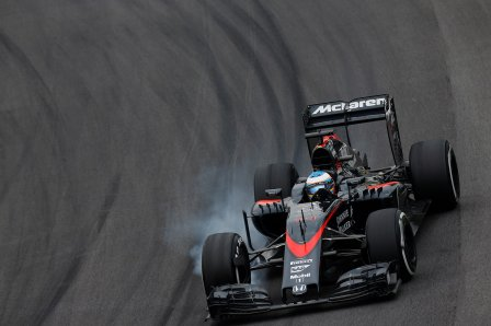 Фернандо Алонсо на Гран При Бразилии 2015