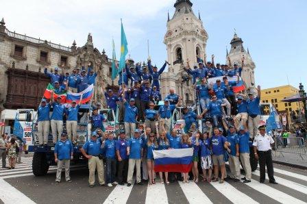 Команда КАМАЗ-мастер после завершения ралли Дакар 2012