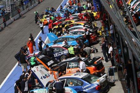 Паддок WTCC на Гран При Италии 2011