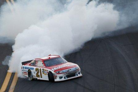 Тревор Бэйн, победа в гонке Daytona 500 2011
