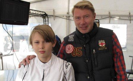 Мика Хаккинен и его сын Хуго
