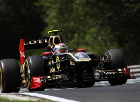 Виталий Петров в квалификации на Гран При Венгрии 2011