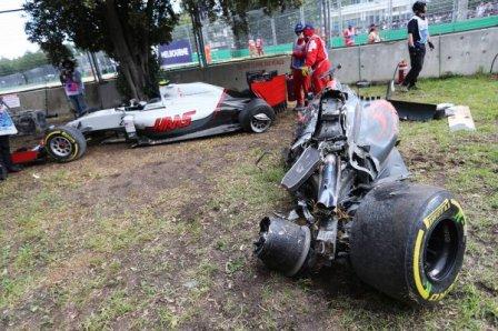 Болид McLaren Фернандо Алонсо после аварии в Мельбурне 2016