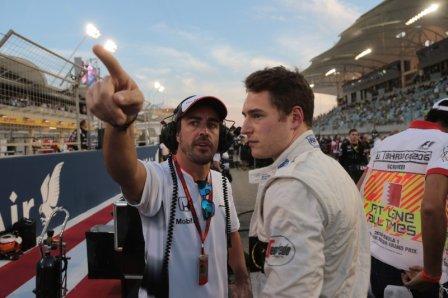 Фернандо Алонсо и Стоффель Вандорн на Гран При Бахрейна 2016
