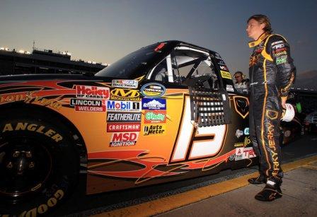 Кими Райкконен перед гонкой в Шарлотте NASCAR Truck Series 2011