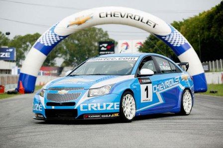 Новый автомобиль Chevrolet Cruze 2011