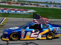 Брэд Кеселовски - победа в гонке в Канзасе NASCAR Sprint Cup 2011