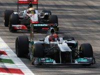 Сражение Михаэля Шумахера и Льюиса Хэмилтона на Гран При Италии 2011