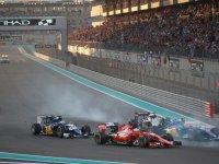 Старт гонки на Гран При Абу-Даби 2015