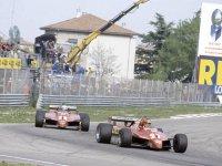 Жиль Вильнёв впереди Дидье Пирони на Гран При Сан-Марино 1982