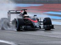 Стоффель Вандорн на тестах Pirelli 2016