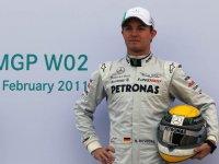 Нико Росберг на презентации Mercedes W02 в Валенсии