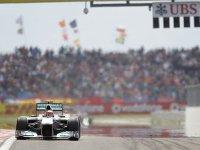 Михаэль Шумахер в гонке на Гран При Турции 2011