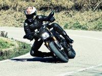 Валентино Росси, испытания дорожной резины Bridgestone