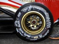 Шина Pirelli на HRT 2012