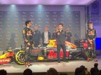 Презентация цветовой раскраски Red Bull 2016