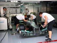 Автомобиль команды Mercedes