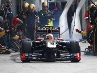 Виталий Петров в гонке на Гран При Малайзии 2011