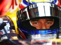 Марк Уэббер в кокпите болида Red Bull на Гран При Абу-Даби 2010