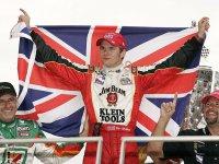 Дэн Уэлдон, победитель гонки Инди 500 в 2005-м году