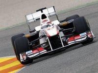 Камуи Кобаяши, болид C30 команды Sauber