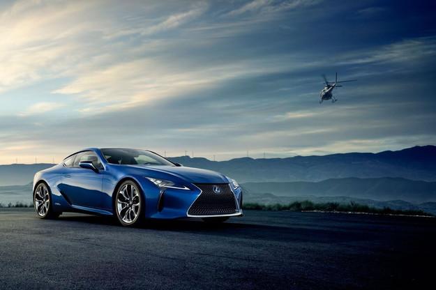 Lexus LC500 Синий
